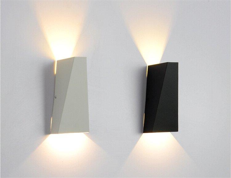 Max W6819bl LED nástěnné světlo 21x10cm černé