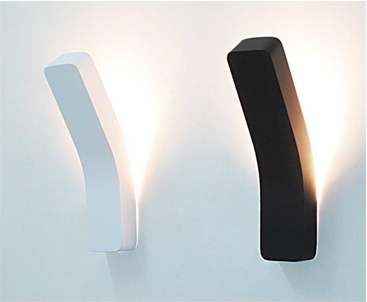 Max W6878b LED světlo WALL Q nástěnné 34x8x4,5cm černé