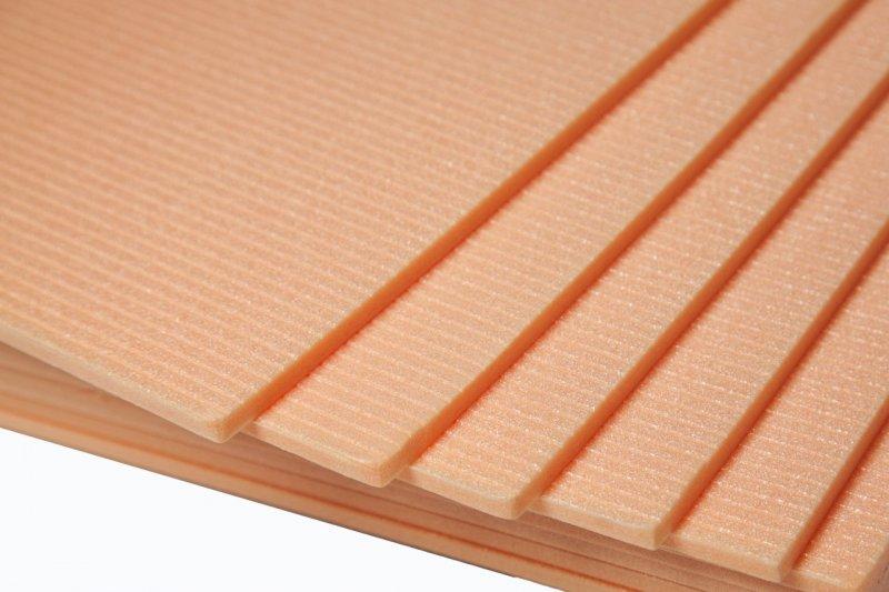 Izolace a podložka STARLON - 6 mm pod plovoucí podlahy